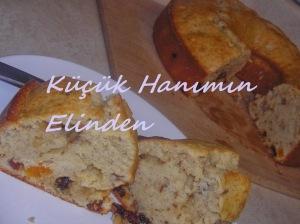 Cevizli, Kuru Üzümlü ve Kuru Kayısılı Kek