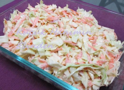 Beyaz Lahana Salatası (Coleslaw)
