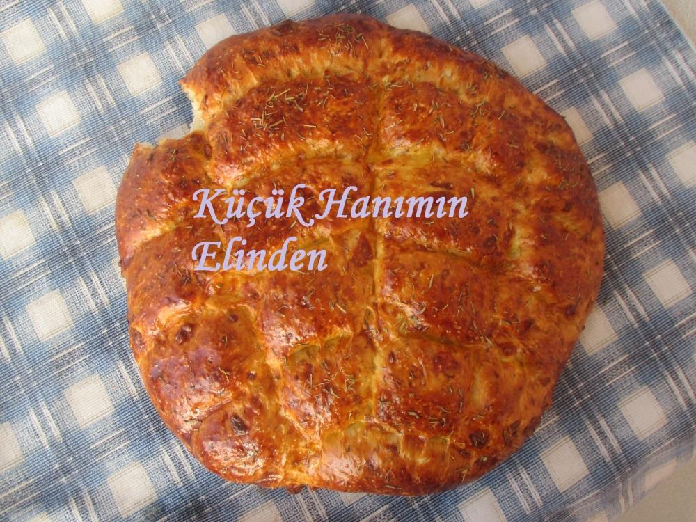 Peynirli ve Kekikli Ramazan Pidesi